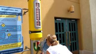 Scream Extractor Monsters Inc - Disneyland Resort Paris