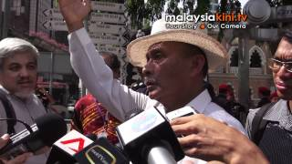 Bersih 3.0 inquiry panel visits Dataran Merdeka