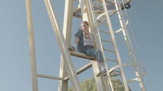 Palastic & Lea Santee - Talkin' (Official Video)