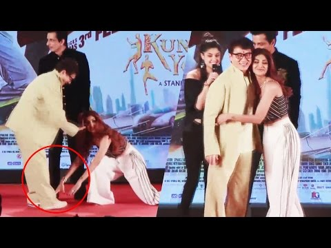 Shilpa Shetty TOUCHES Jackie Chan's FEET At Kung Fu Yoga Promotion