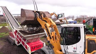 Telestacker LF520 Conveyor And Liebherr L556 2Plus2 Wheelloader Demo @ E&H 15
