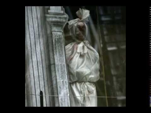 এক রহস্যময়ী ঘটনা, মৃত মায়ের সঙ্গে রাত কাটাতেন ছেলে!