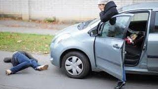 أخطر حوادث اصطدام السيارات بالمشاة في الشارع -- (مرعب)