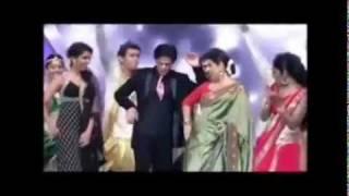 SHAHRUKH KHAN DANCES WITH VIDYA BALAN @ Ujala Film Awards 2012