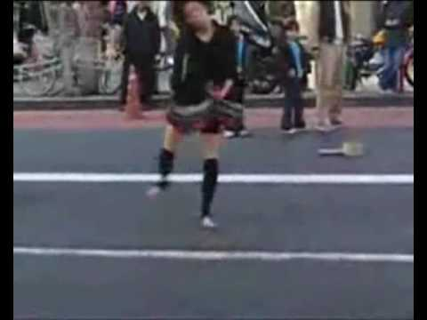 Crazy japanese girl dancing to speedcore