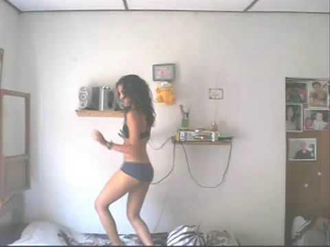 baile sexy de una colombiana caliente venalo bueno hot