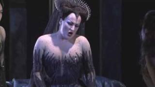 Die Zauberflöte - Aria (Diana Damrau as Queen of the Night) - HQ