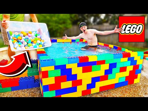 PUTTING 500 BATH BOMBS IN A LEGO POOL