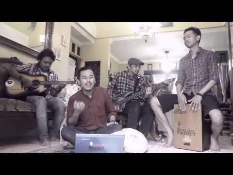 Isyana Sarasvati - Kau Adalah (feat. Rayi Putra) [Cover by Ziafa and The Side Project]