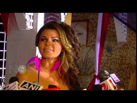 Video Rakhi Sawant's Ridiculously Bitchy Message For Sunny Leone