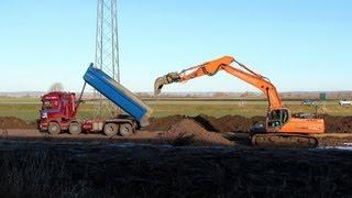 Doosan DX300LC building a new road