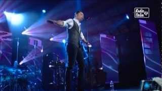 Tiziano Ferro  - La differenza fra te e me  2013 a RadioItaliaLive