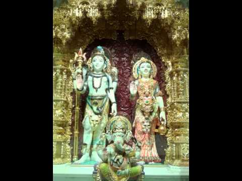 Xxx Mp4 Image Of Lord Shiva Devi Parbati Their Son Ganapati In Swaminarayan Temple 3gp Sex
