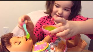Baby Alive Real Surprises -- Feeding Rosie