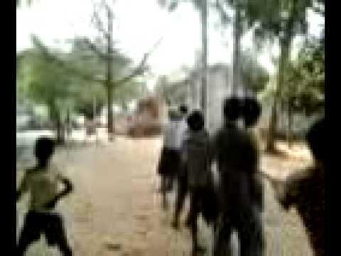 Tree Hunters at Bakadabeda,Umerkote,Nabarangpur,Odisha,India.3gp