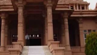 Jain Bhajan aarti - Chintamani Parasnath Aarti
