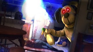 HELP ME THIS DOG IS INSANE AND EVIL!!- FNAF + Hello Neighbor Style - Duck Season In VR (VR HTC VIVE)