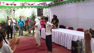 Jaago dancers Rabbi and Lili mixing hip-hop with traditional Bengali dance!