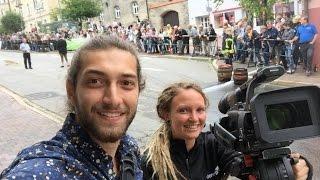 شاهد من ألمانيا شاب سوري يحول معاناة اللاجئين الى أفلام ممتعة