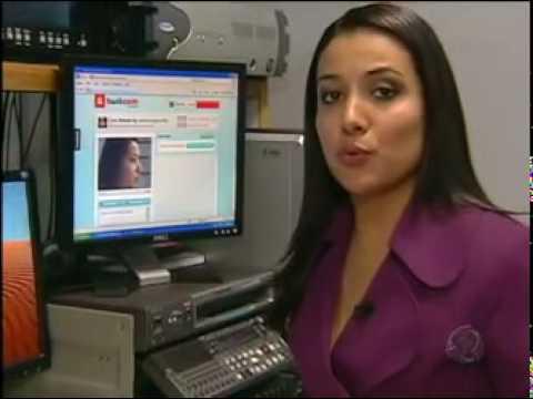 Jovens transmitem cenas de sexo ao vivo na internet Jornal da Record 28 07 10