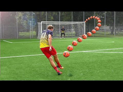 Download ULTIMATE FREE KICK CHALLENGE vs PRO GOALKEEPER