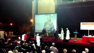 Christian women entering in Islam during a lecture by Sheikh Khalid Yasin