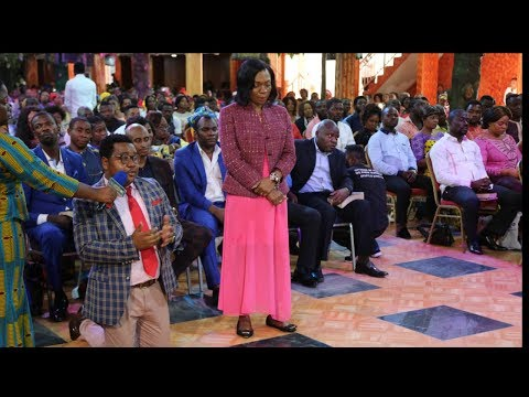 SHOCKING PASTOR S WIFE EXPOSES HER HUSBAND.
