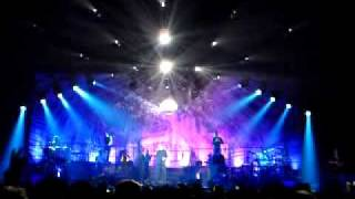 UB40 live @ Ahoy Rotterdam 2009 - Kingston town.MP4