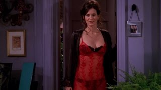 Courteney Cox Hot