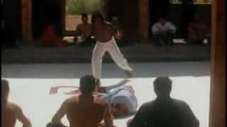 Capoeira fight (Capoeira vs Karate)