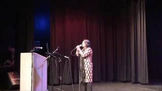 "Harsha Patel melodiously sings ""Faza bhi hain jawan jawan"
