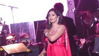 Sunn Raha Hai Na Tu Shreya Ghoshal Live (Aashiqui 2)