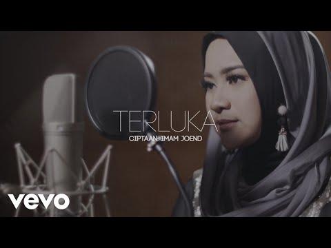 Ikke Nurjanah - Terluka (Lyric Video)