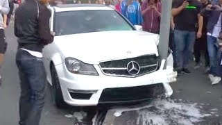 IDIOTS ON ROADS! Ultimate Driving Fails May 2017