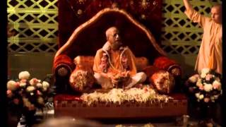 Easiest Way to Please Krishna - Simply You Require Your Heart - Prabhupada 0471