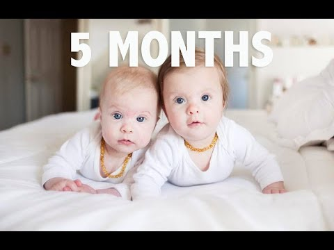 TWIN BABIES 5 MONTH UPDATE   Breastfeeding, sleeping and rolling over!