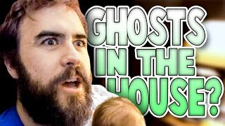 BABY SEE'S GHOSTS    Haunted House   Family Baby Vlogs