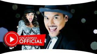 JC Hudson - Penasaran (Official Music Video NAGASWARA) #music