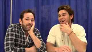 Riverdale - K.J. Apa, Luke Perry Interview (WonderCon 2017)