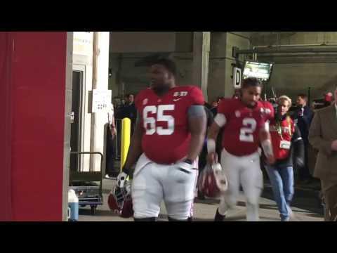 2017 CFP NCG Alabama leaving the field