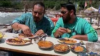 Rocky, Mayur enjoy dhaba lunch on the banks of the Beas river
