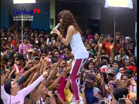 ZASKIA Live At 100% Ampuh (06-01-2013) Courtesy GLOBAL TV Mp3