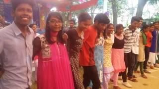 CHAIN DANCE