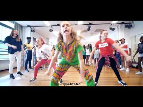 Xxx Mp4 Petit Afro Presents PetitAfroChallenge Afro Dance Video By HRN 3gp Sex