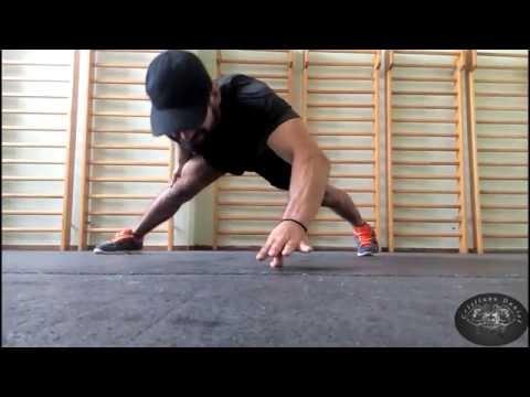 Bruce Lee 李小龍 The Hardest Push Up Ever!!! (1 finger)