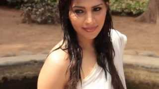 South Actress Anjana Hot Photo shoot in Wet White Transparent Saree and Sleeveless Blouse