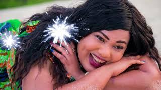 Full Video Ndoa Ya Wastara aimbiwa wimbo mzuri na mme wake