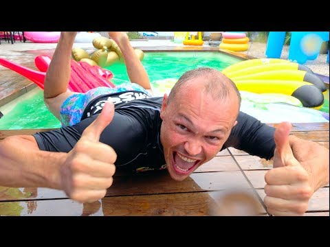 Xxx Mp4 Катя заставила всех купаться в бассейне на скорость или Family Fun Play Time In The Swimming Pool 3gp Sex
