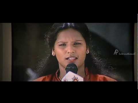 Kizhakku Kadarkarai Salai - Bhavana kidnapped by Suresh