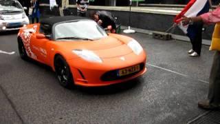 Tesla Roadster van ING Car Lease start in de Electric Rally